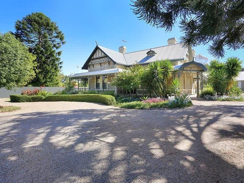 4 Bedroom Home in the Heart of Tanunda, holiday rental in Lyndoch