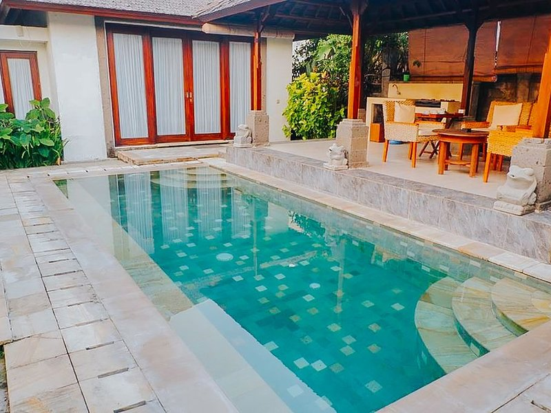 1 BR Authentic Balinese Style with Private Pool, holiday rental in Dalung
