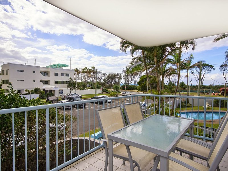 6 On the Beach - Cotton Tree, holiday rental in Buderim