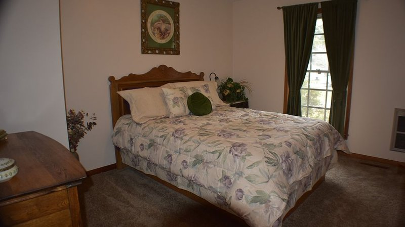 THE RAMSEY FARM, COVINGTON, GEORGIA 4-BED/2-BATH, SLEEPS 8, casa vacanza a McDonough