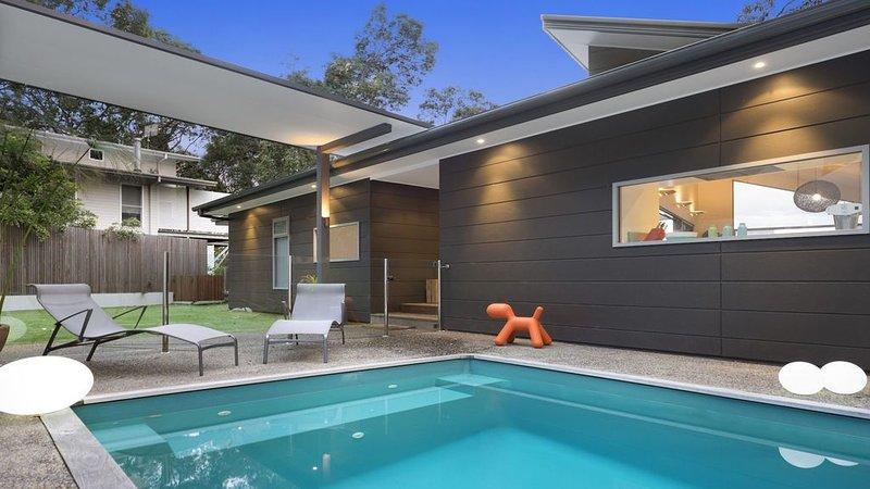 BayViews*Wagstaffe - Pool, Stylish, Amazing Views, Wifi available, vacation rental in Ettalong Beach
