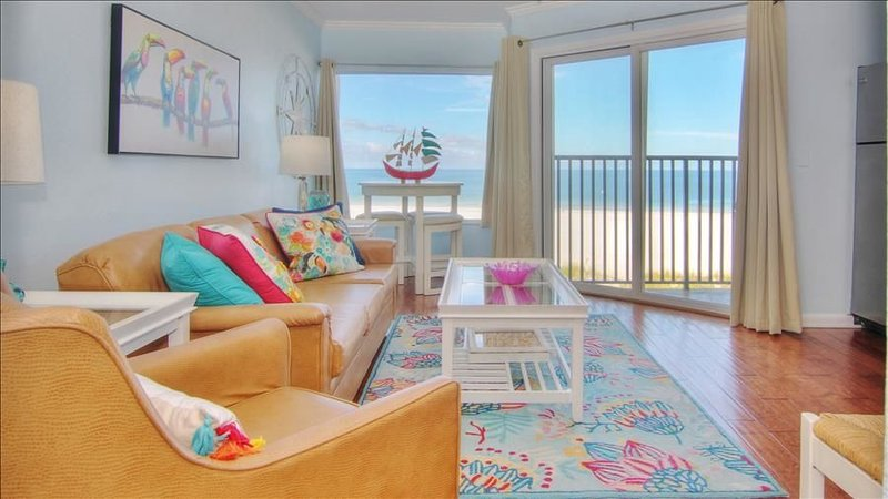 Serene Seaside Escape near all the Attractions of Clearwater Beach!, vacation rental in Belleair Beach