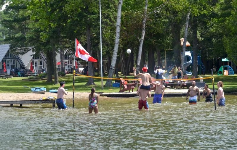 Balsam Resort - Cottage Condo - Balsam Resort - Cottage Condo, holiday rental in Kawartha Lakes