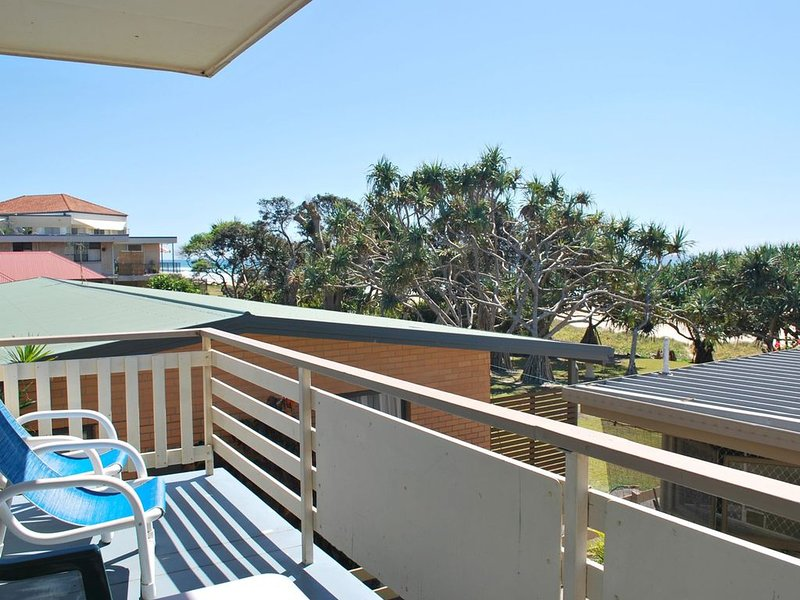 SPARKLING WATERS, UNIT 1, vacation rental in Tugun