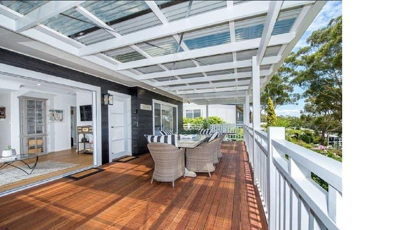 Beach House at Nelson Bay, vacation rental in Nelson Bay