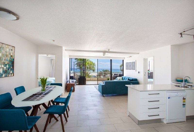 The Rocks Resort, Unit 1E, vacation rental in Currumbin