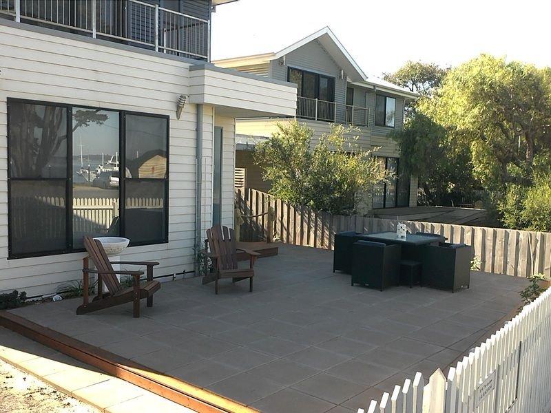 14 The Moorings 15-18 Beach Road Rhyll, vacation rental in Rhyll