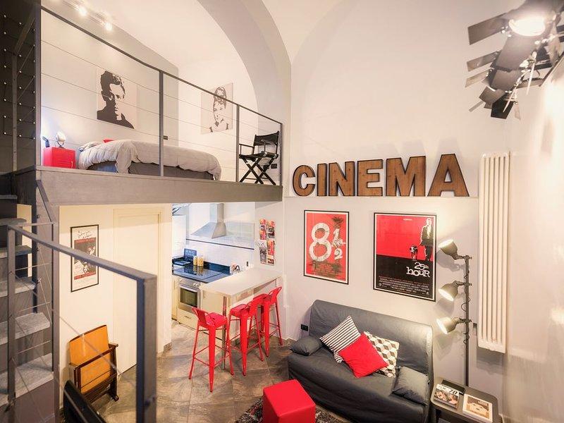 CINEMA LOFT. Originalità e comfort a due passi dalla Mole Antonelliana, holiday rental in Pra del Torno