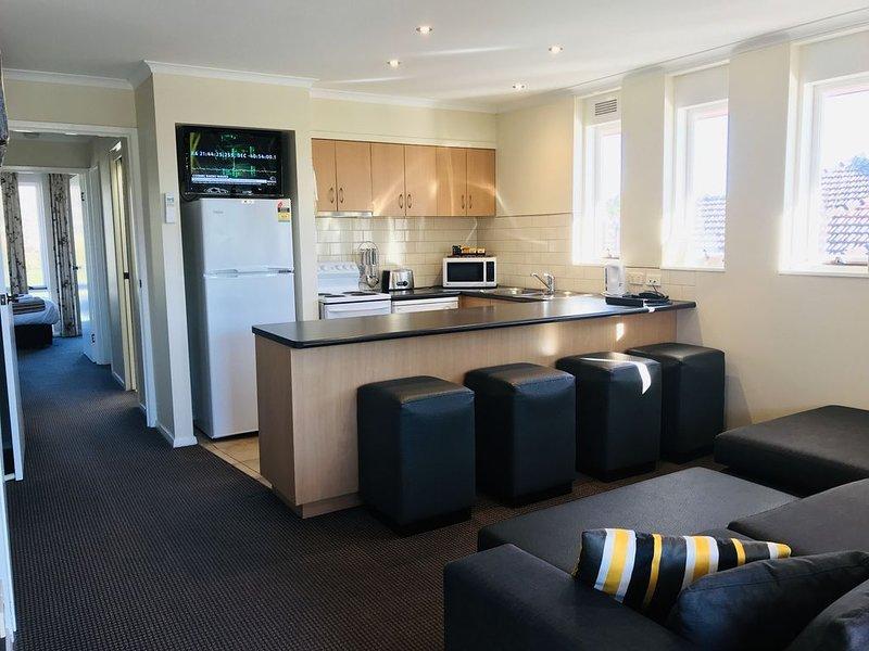 3 Bedroom apartment within Motel complex access to indoor heated pool and spa, alquiler de vacaciones en Ballarat