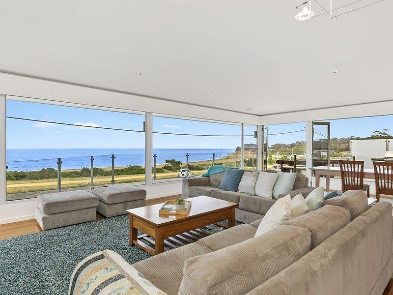 Beachfront Torquay Property ID: 013TQ119, holiday rental in Freshwater Creek