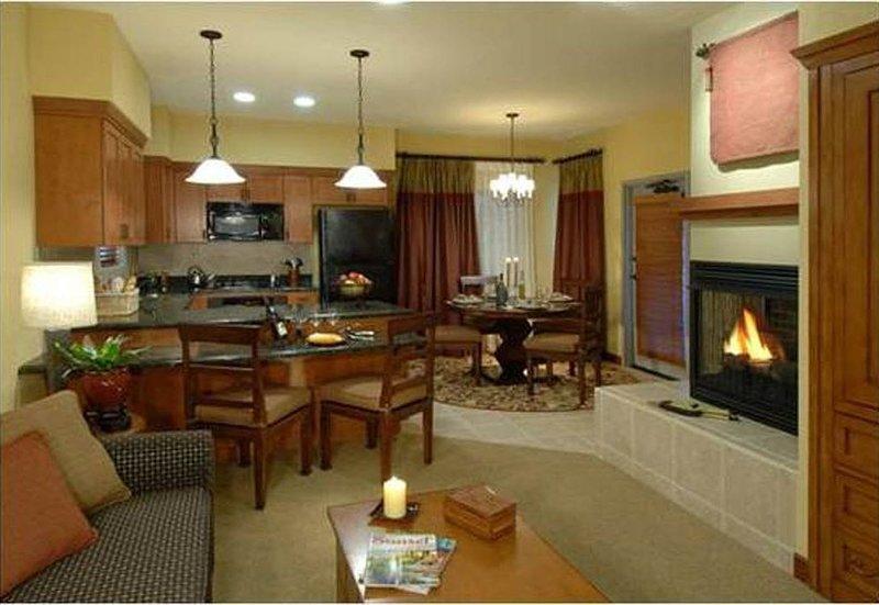 Cibola Vista Resort, Penthouse Phoenix AZ, holiday rental in Sun City West