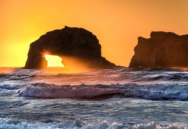 Welcome to your  getaway 'Rockaway Beach Bungalow' a 3-bd, 2-bath Beach Home, holiday rental in Garibaldi