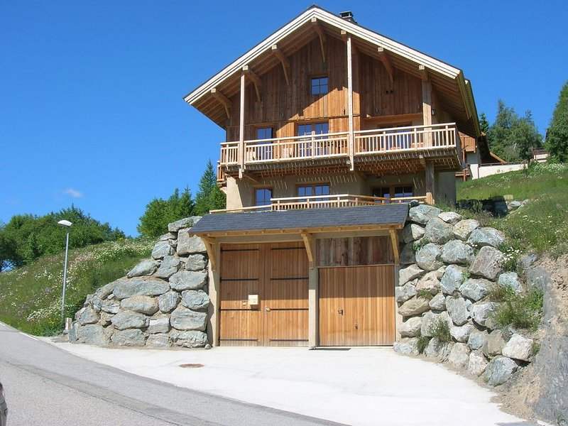 MUST chalet idéal vacances en famille ou entre amis Sport, holiday rental in Isere