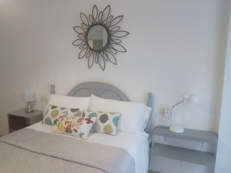 Apartamento a 50 metros CATEDRAL, vacation rental in San Marcos