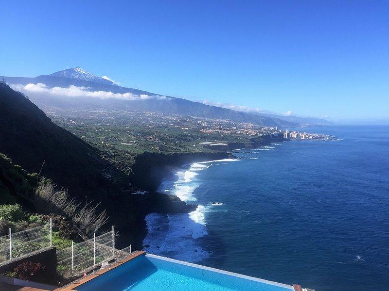 Villa Tenerife Dream View - con vistas de ensueño, holiday rental in Cuesta de la Villa