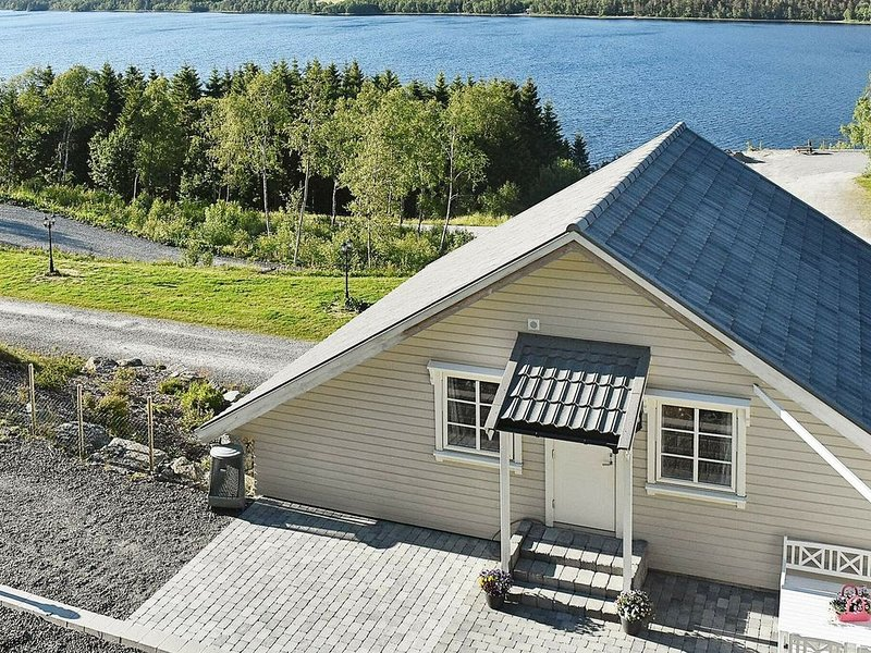 4 star holiday home in EIDE, holiday rental in Molde