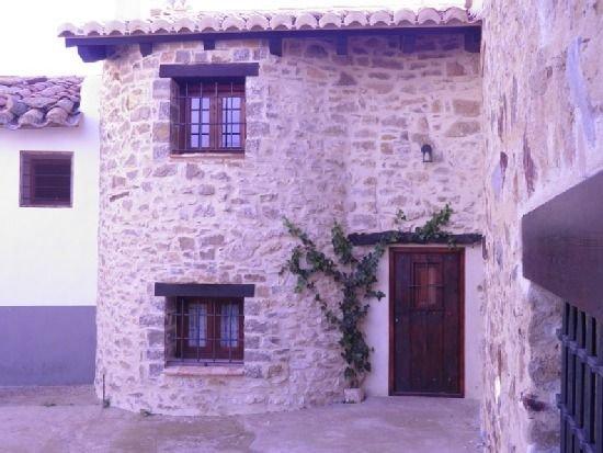 casa del irlandés para 6 personas, holiday rental in Rubielos de Mora