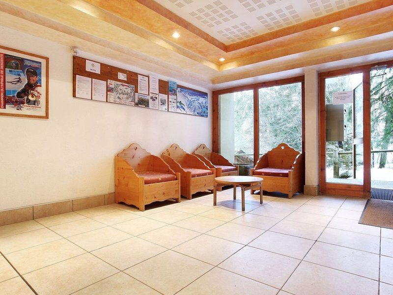 Rustic studio in wooded area at 50 m. from the ski lift, holiday rental in Morillon