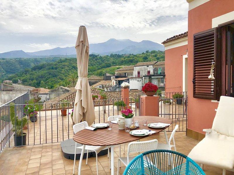 La Terrazza della Casa della Nonna, holiday rental in Sant'Alfio