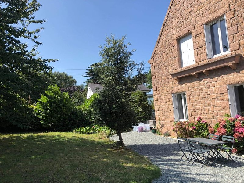 Maison de charme Trébeurden, holiday rental in Trebeurden