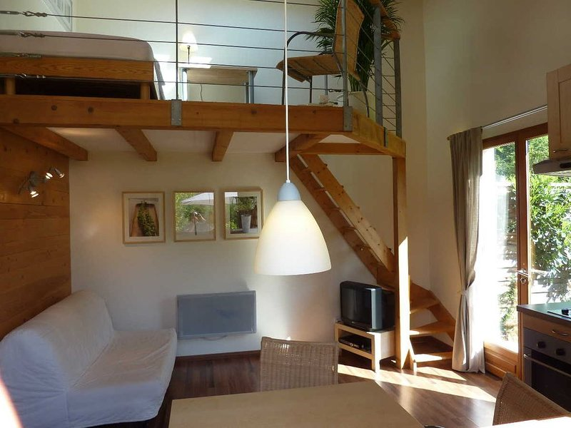 Appartement 4 personnes avec jardin Sommand / Les Brasses, holiday rental in Megevette