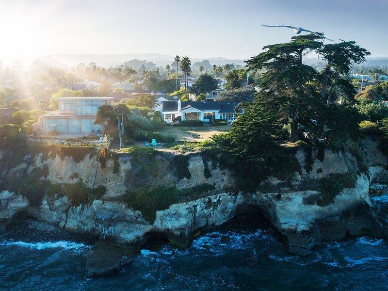 Oceanfront Opal Cliff Oasis, location de vacances à Soquel