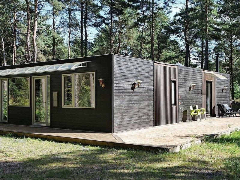 Serene Holiday Home in Hadsund with Infrared Sauna, vacation rental in Rebild Municipality