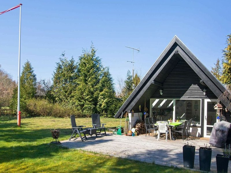 Gorgeous Holiday Home in Zealand with Terrace, holiday rental in Jaegerspris