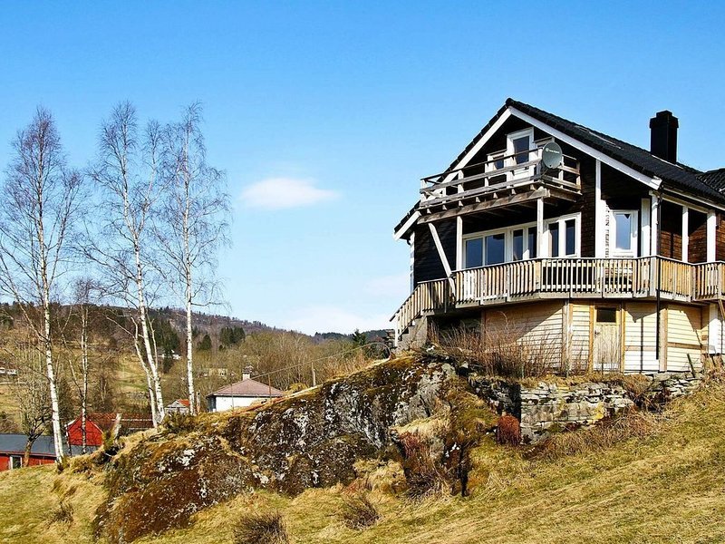 10 person holiday home in Bygstad, holiday rental in Vassenden