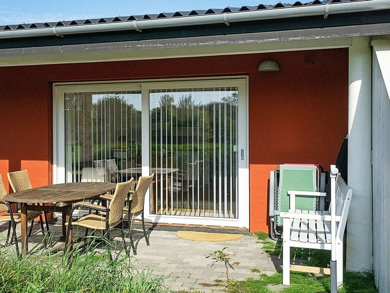 Modern Apartment in Bornholm With Swimming Pool, vacation rental in Roenne