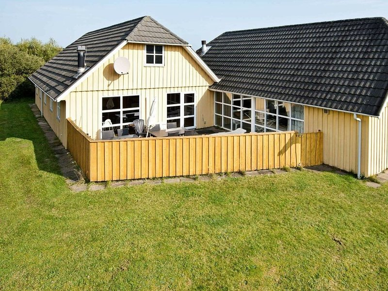 Exotic Holiday Home in Rømø with Sauna, location de vacances à Toender