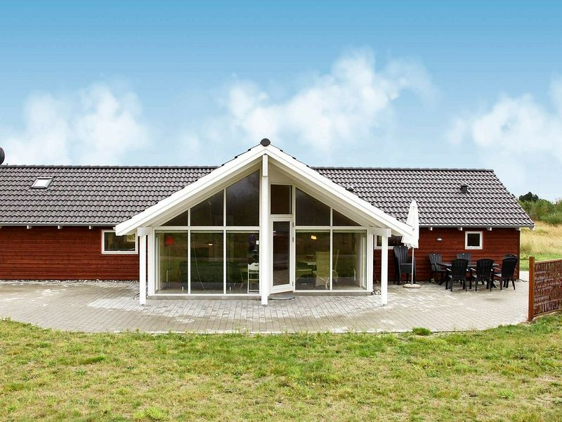 Modern Holiday Home in Rodby with Sauna, location de vacances à South Zealand