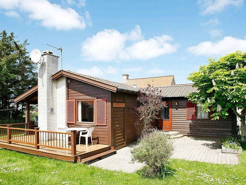 Rustic Holiday Home in Løkken With Conservatory, Ferienwohnung in Saltum