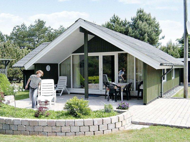 Cool Holiday Home in Væggerløse with Sauna, location de vacances à Bogoe