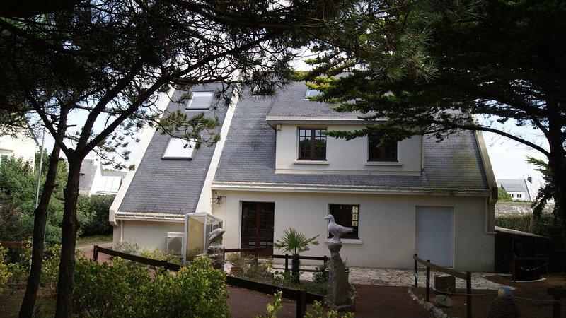 Villa  pied dans l'eau wifi 5 chambres, holiday rental in La Turballe