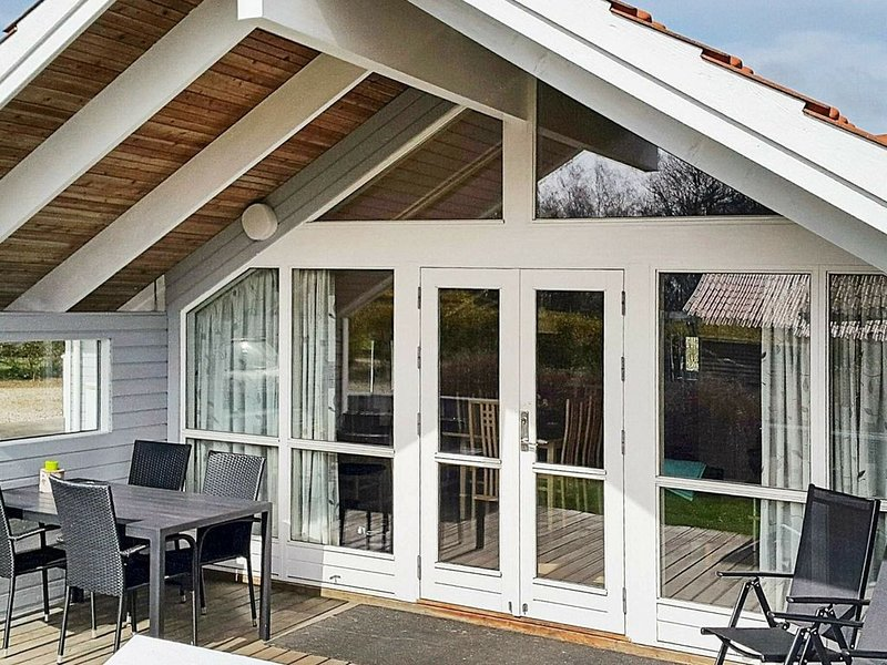 Sea-side Holiday Home in Sydals with Sauna – semesterbostad i Sönderborg