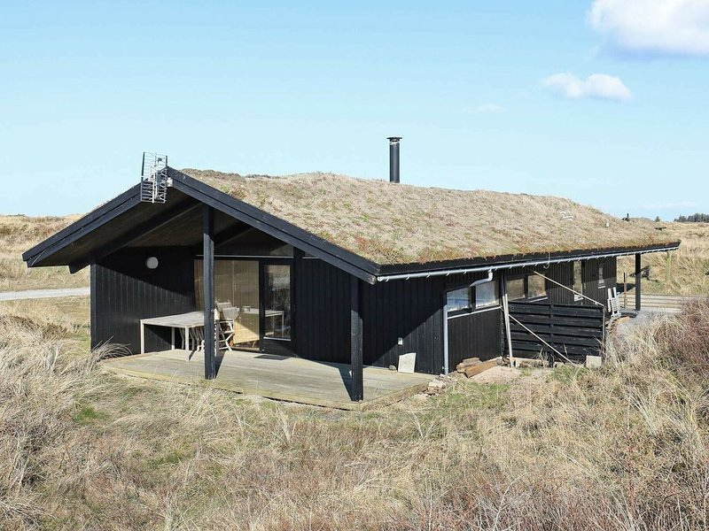 Tranquil Holiday Home in Jutland with Terrace, alquiler vacacional en Kandestederne