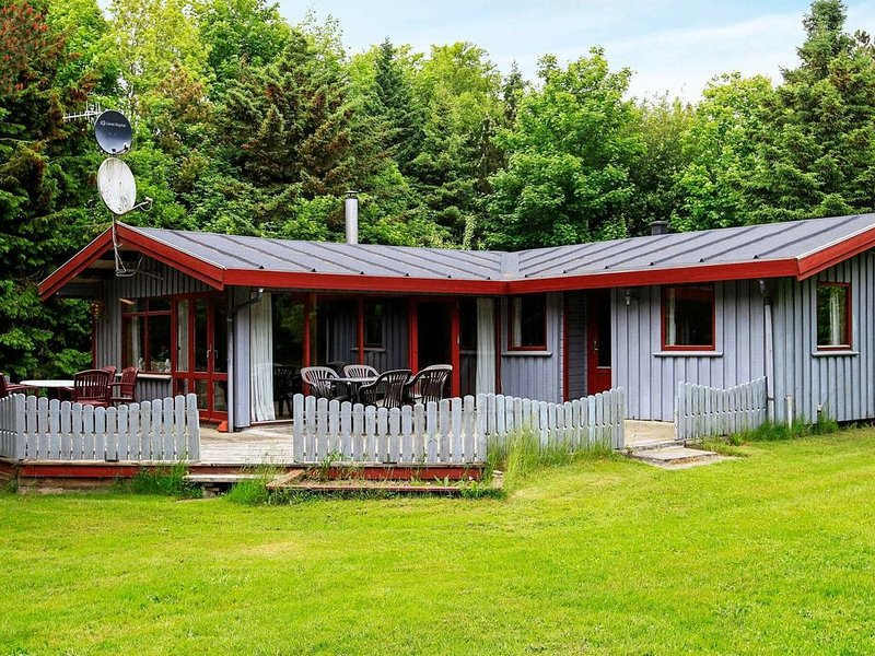 Fantastic Holiday Home near Roslev with Sauna, Ferienwohnung in Vile
