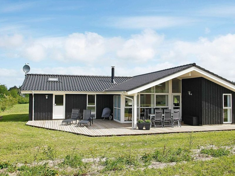 Spacious Holiday Home in Fjerritslev near Sea, Ferienwohnung in Fjerritslev