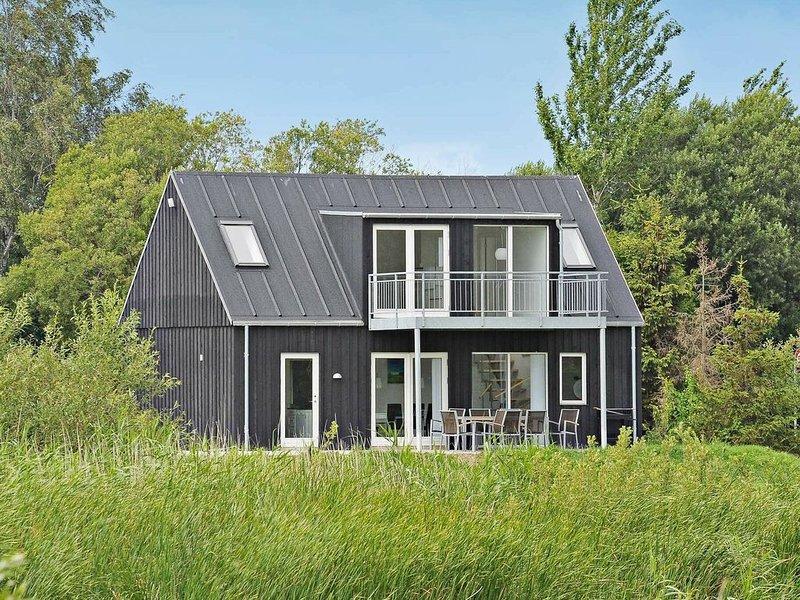 Modernized Holiday Home in Syddanmark with Terrace, Ferienwohnung in Marstal