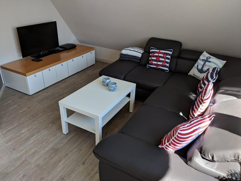 3-room apartment in the first Floor with 1 double, 1 single bedroom and 1 livin, casa vacanza a Duhnen