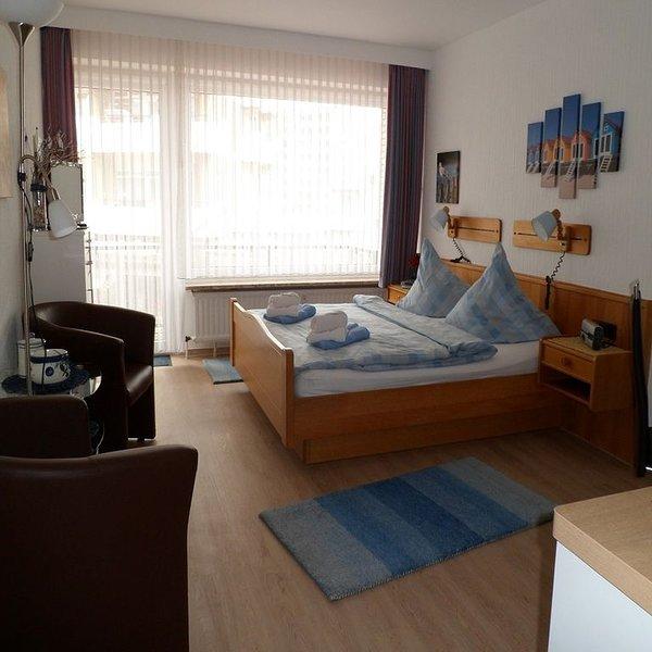 Appartmenthaus Duene Wohnung 3, Balkon, Fahrstuhl, Nichtraucher, alquiler de vacaciones en Cuxhaven