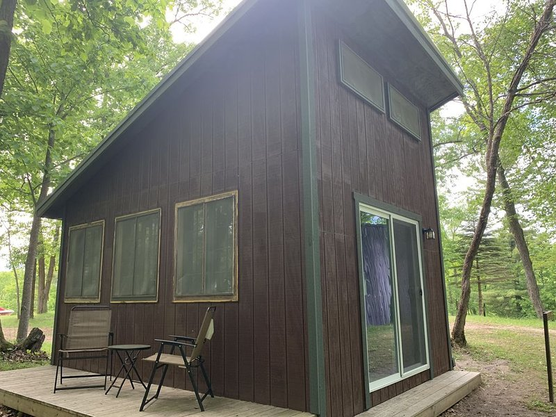 Amazing Glamping Cabin in the woods!, vacation rental in Walker