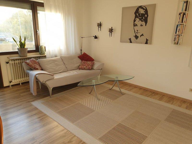 ***************: gemütlich, sonnig, zentral - 2 Zimmer Appartment  Balkon+Garage, alquiler vacacional en Eltville am Rhein