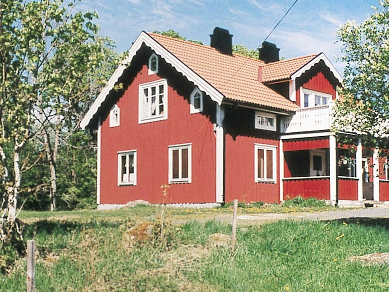 6 person holiday home in RYSSBY – semesterbostad i Ljungby