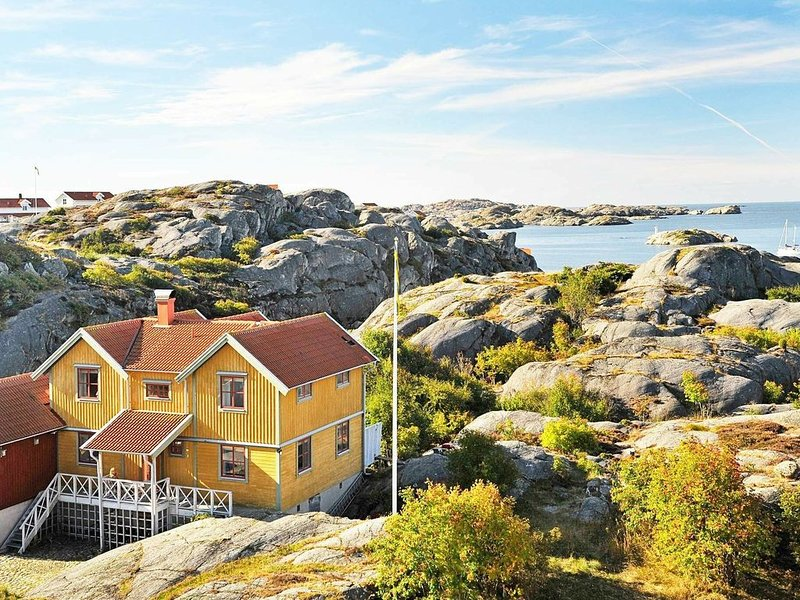 5 star holiday home in Skärhamn, location de vacances à Halleviksstrand