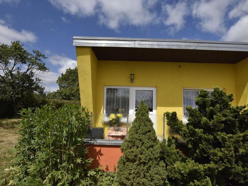 Beautiful Bungalow in Kröpelin near Sea, holiday rental in Kropelin