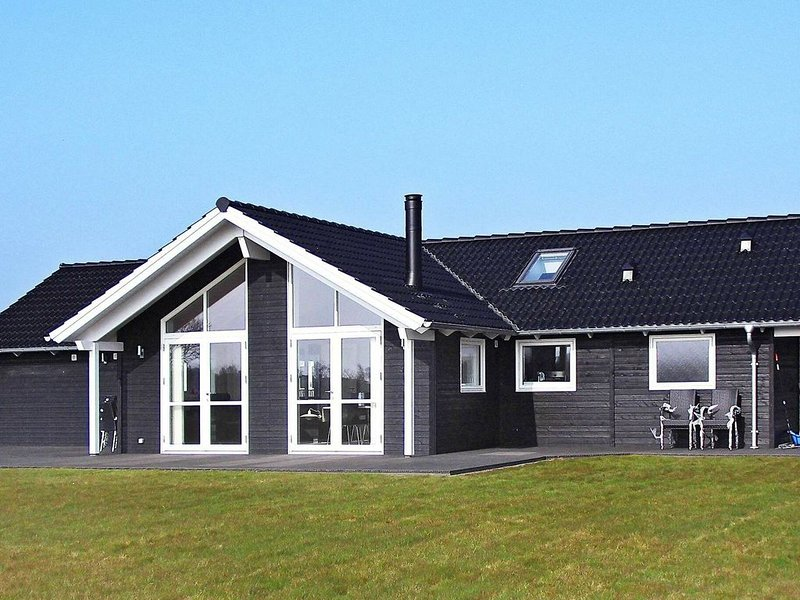 Luxurious Holiday Home in Sydals with Sauna – semesterbostad i Sönderborg