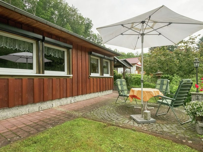 Spacious Bungalow in Neustadt Germany with Garden, holiday rental in Urbach