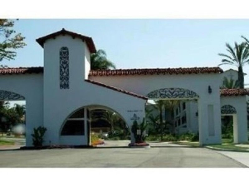 Condo in La Costa Resort, vacation rental in Lake San Marcos